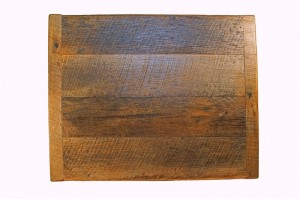 Six Ways To Use Reclaimed Wood In Your Restaurant - Reclaimed wood restaurant table tops